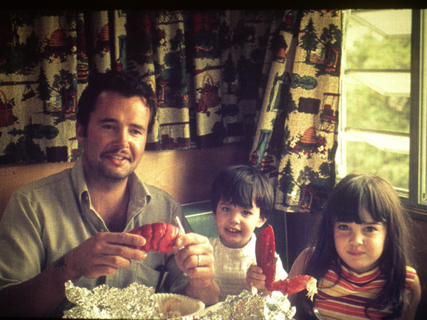 Lobster-with-Dad-and-girls