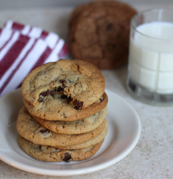 Chocolate-Chip-Cookie-Stacks