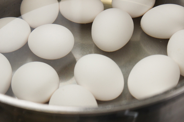 Eggs-ready-to-boil