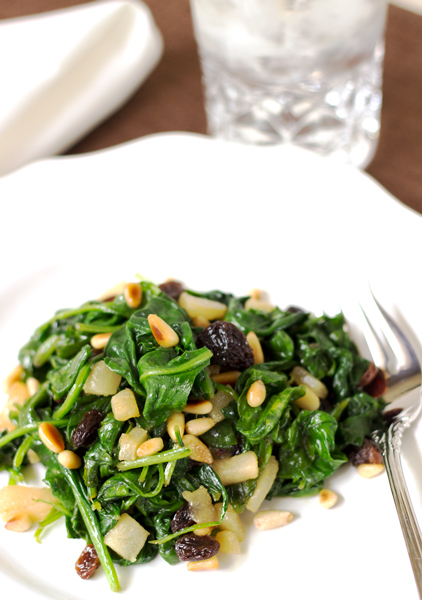 Sauteed Spinach, Pears and Raisins